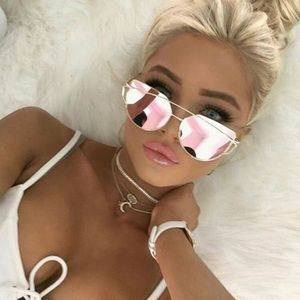 Accessories - Rose Gold Mirror Sunglasses